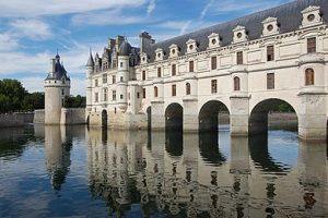 Chateau Chenonceau France bike tour