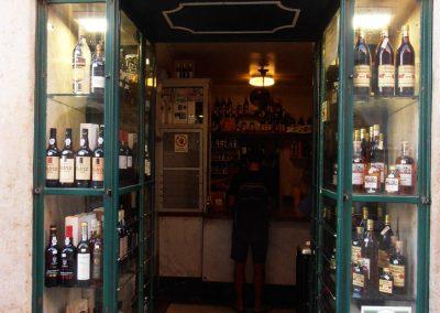 Best 5 Souvenirs from Lisbon - Drink Ginjinha